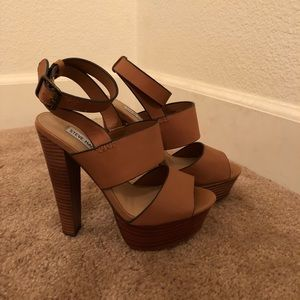 87e127ed6ab Steve Madden Shoes - Steve Madden Dezzzy tan leather heels